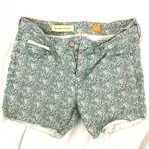 Anthropologie Pilcro Blossom Cutoff Denim Shorts